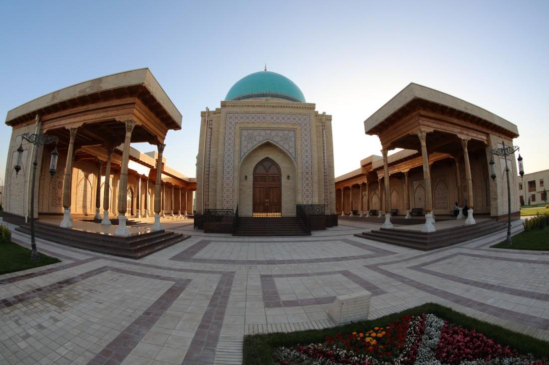 La ville de Tachkent a pour symbole le pain - SILK TOUR Uzbeksitan