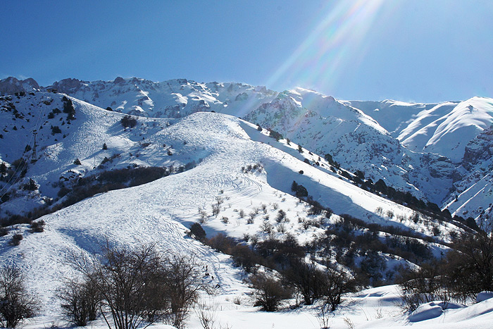 Chimgan – Winter activities - SILK TOUR Uzbeksitan