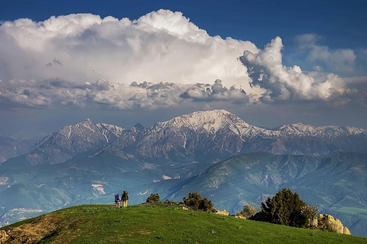 Die Skipisten von Chimgan - SILK TOUR Uzbeksitan