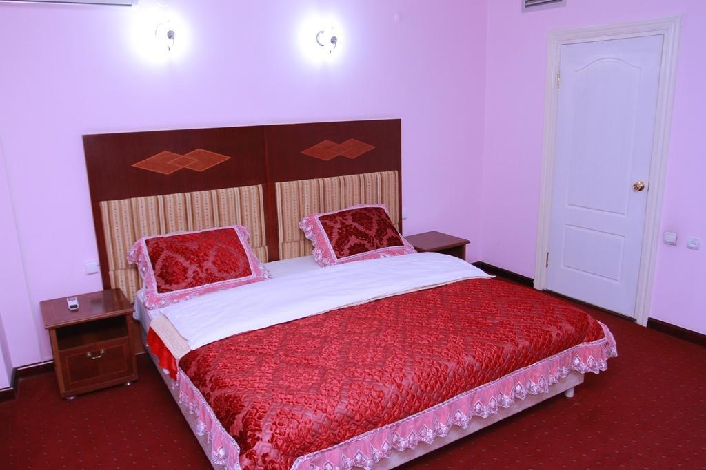 Hotel Meriddian - SILK TOUR Uzbeksitan
